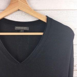 BANANA REPUBLIC Black Cashmere Silk V Neck Sweater